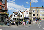 Glastonbury Town Centre - Photo CC Kurt Thomas Hunt